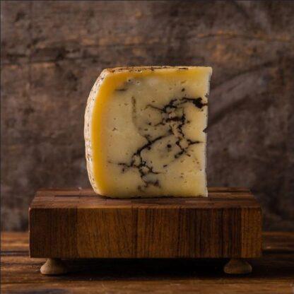 Ημίσκληρο τυρί Pecorino Moliterno al Tartufo3